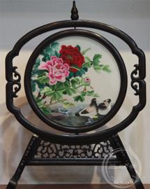 并蒂缱绻 中国特色的礼品