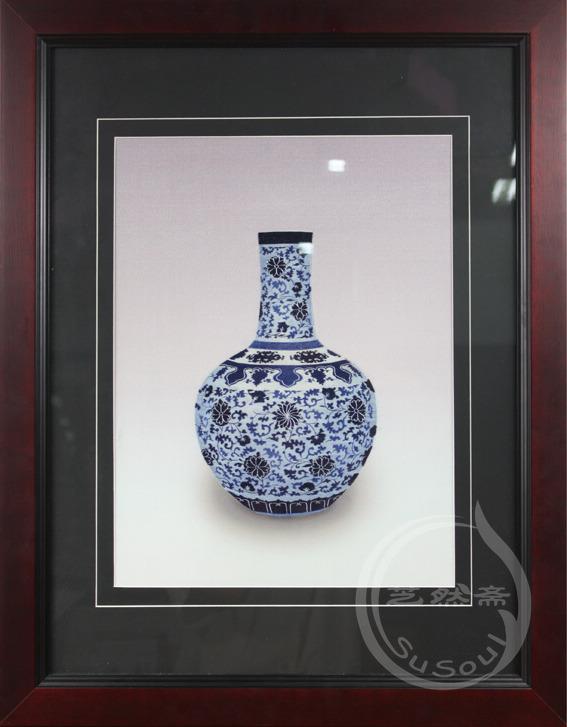 青花瓶  苏绣艺术品