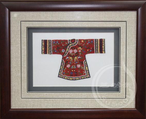 汉服 打籽绣服饰小摆件-中国特色礼品