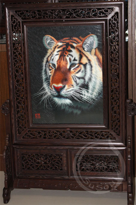 虎狮 中型双面绣摆件