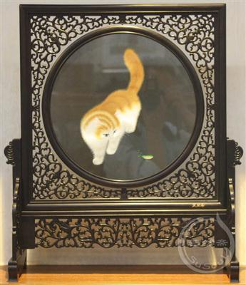 猫儿戏螳螂 外事礼品-双面异绣